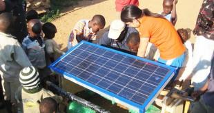 Dispositif sunsaluter en cours d'installation au Kenya