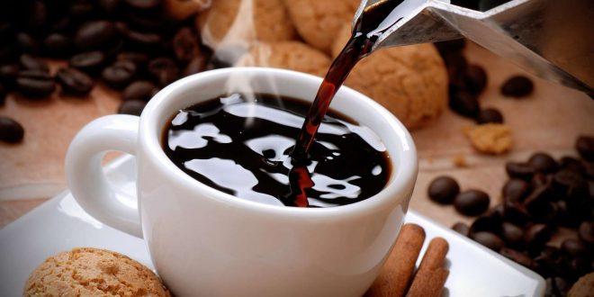 Comment choisir une machine à café en se préoccupant des enjeux écologiques ?