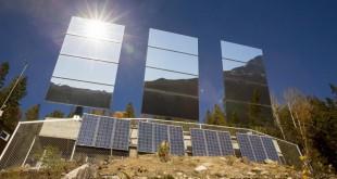 Trois miroirs géants pour refléter les rayons du soleil