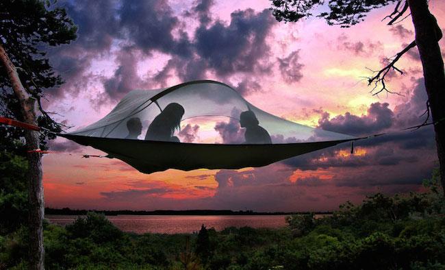 tentes-suspendues-camping-arbres